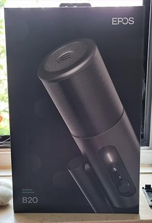 Die Verpackung des B20-Streaming-Mikrofons weist eine wertigen Eindruck auf.